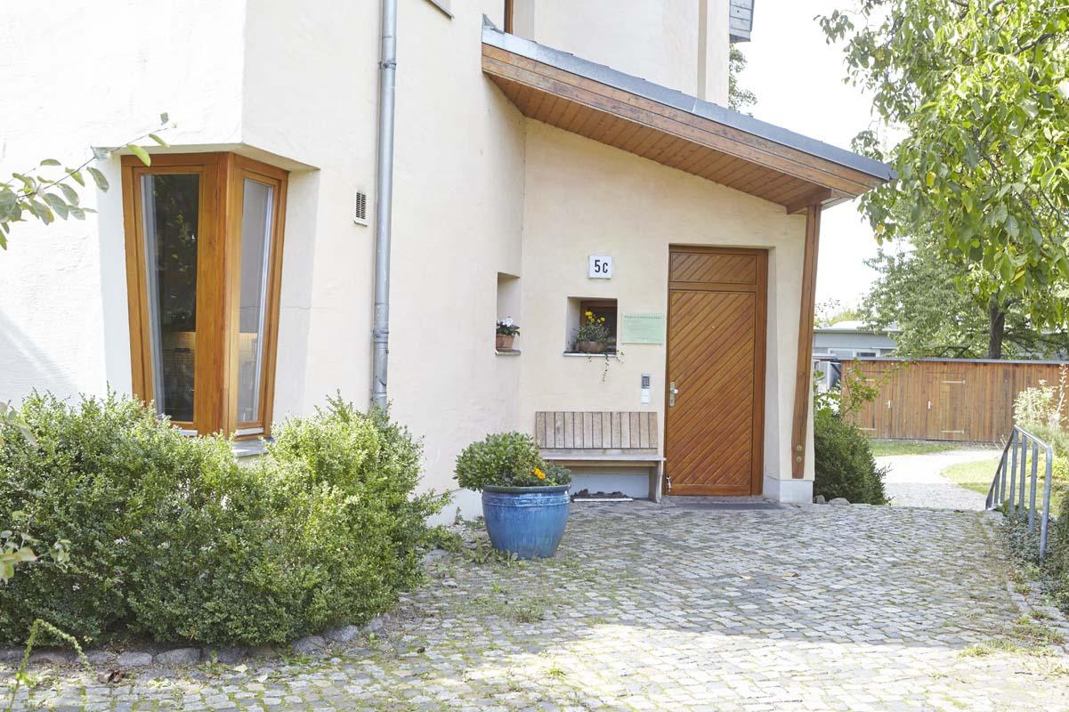 Eingangsbereich des Wladimir-Lindenberg-Hauses