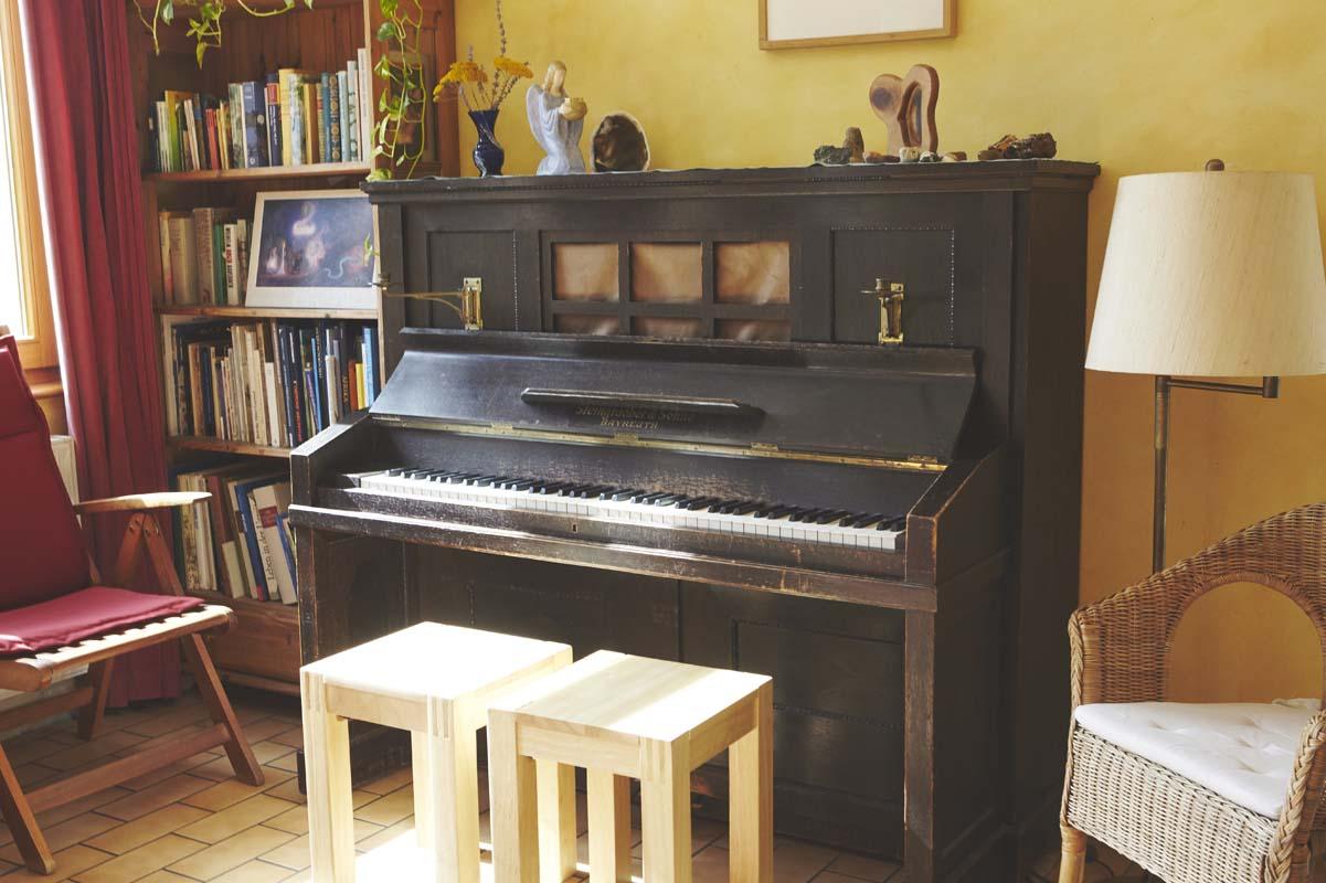 Musikalisches Ambiente im Wohnzimmer des Valborg-Werbeck-Svärdström-Hauses