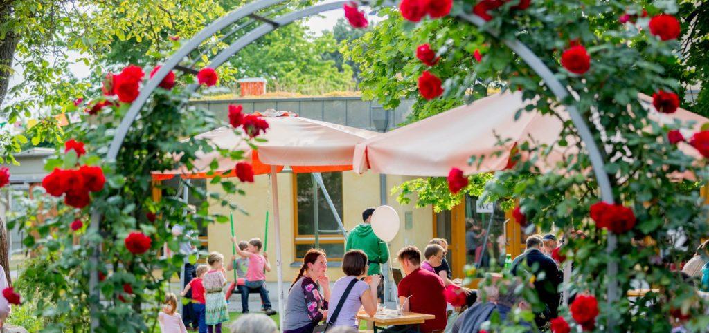 Bild-Hoffest-Rosenbogen